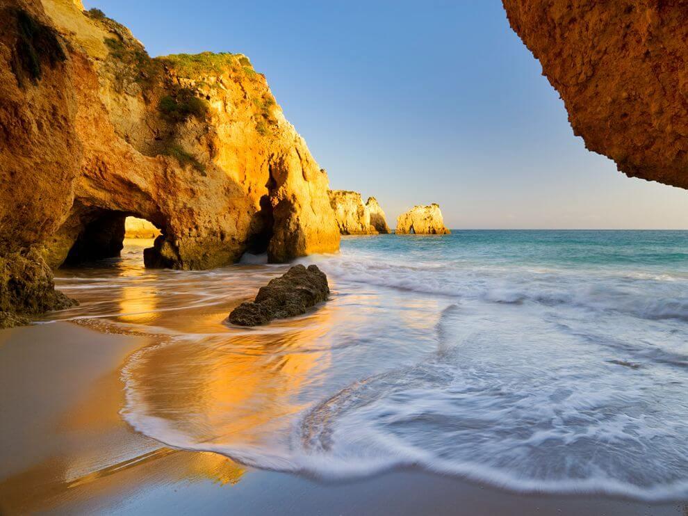 amazing beaches in the Algarve